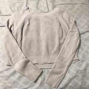 Grey cropped sweater 💕
